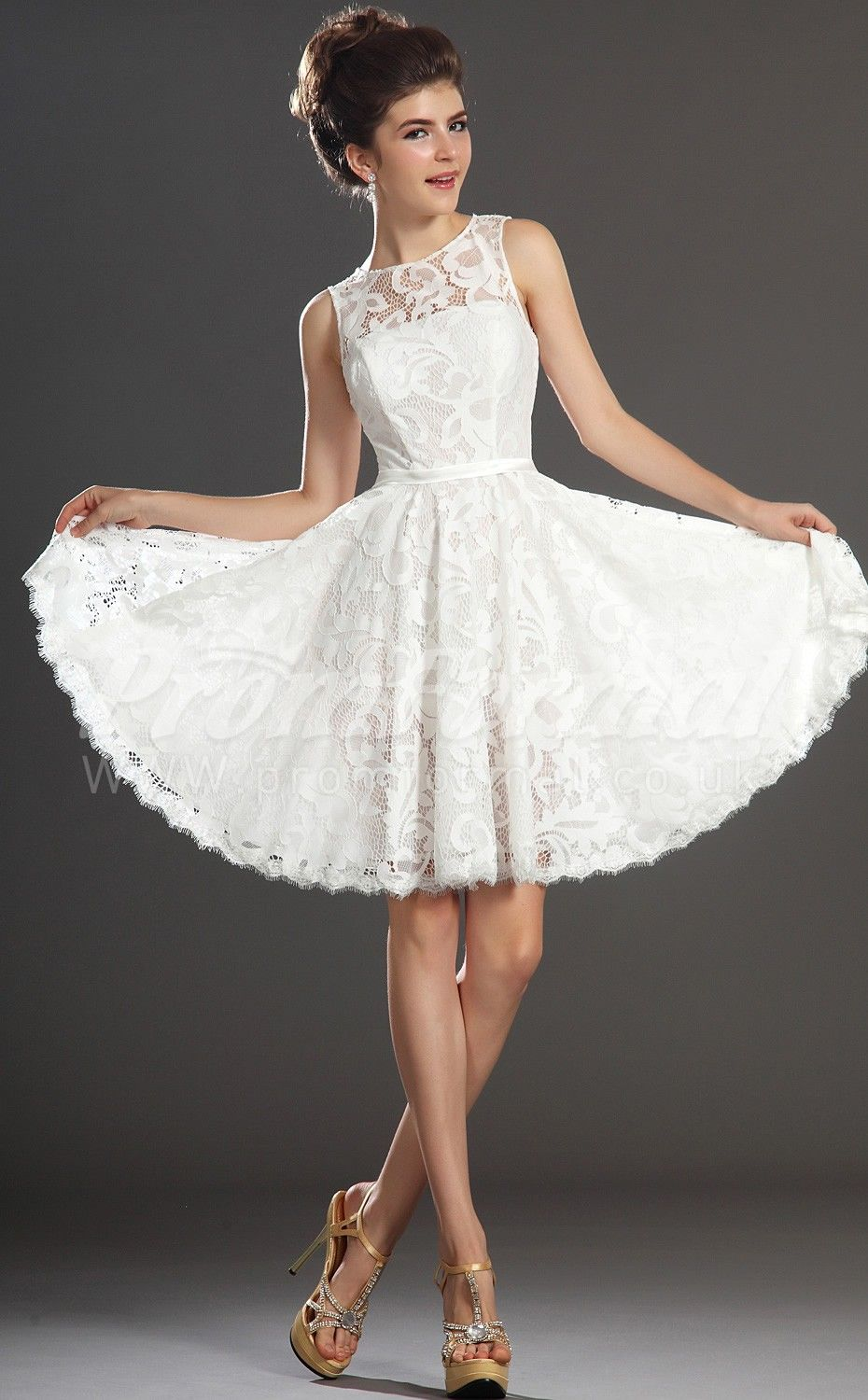 A line jewel sleeveless white lace short prom dresses for Short wedding dresses uk