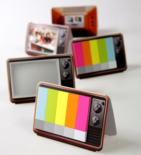 Nostalgic TV set memo pad