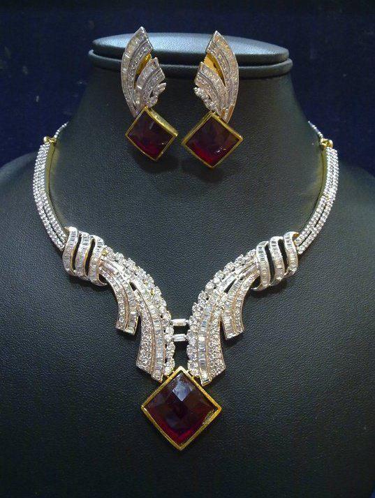 ce39d659d68 Nathaly Petckowiichy Fã Club  Nathaly tem as jóias de diamantes mais caras  do Brasil