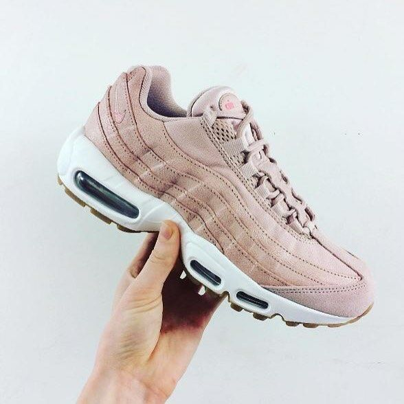 nike air max 95 pink and white acrylic nails