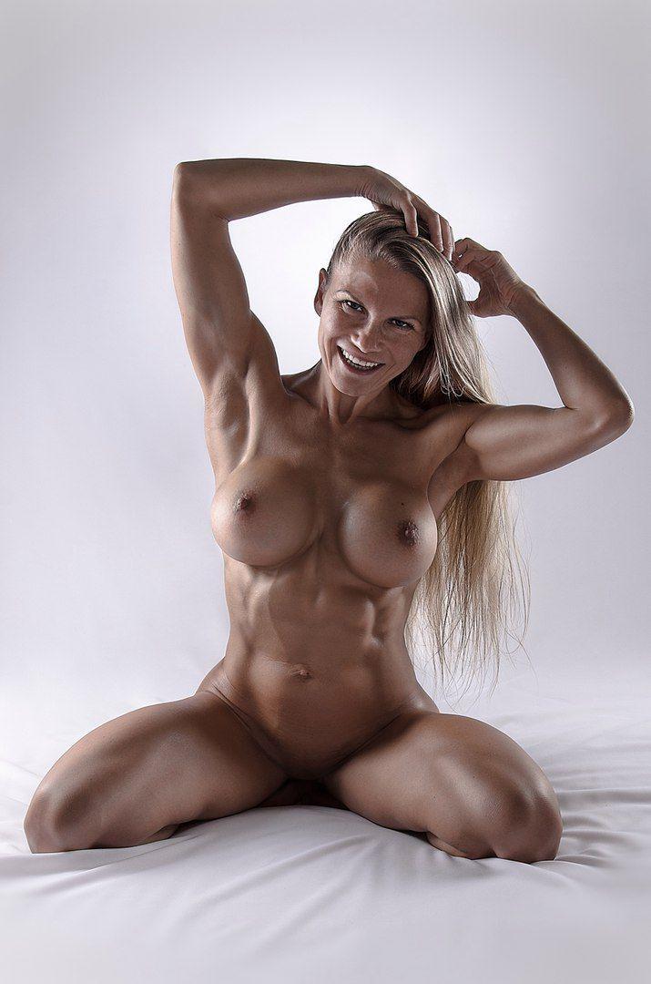 девушки с мышцами голые - 2