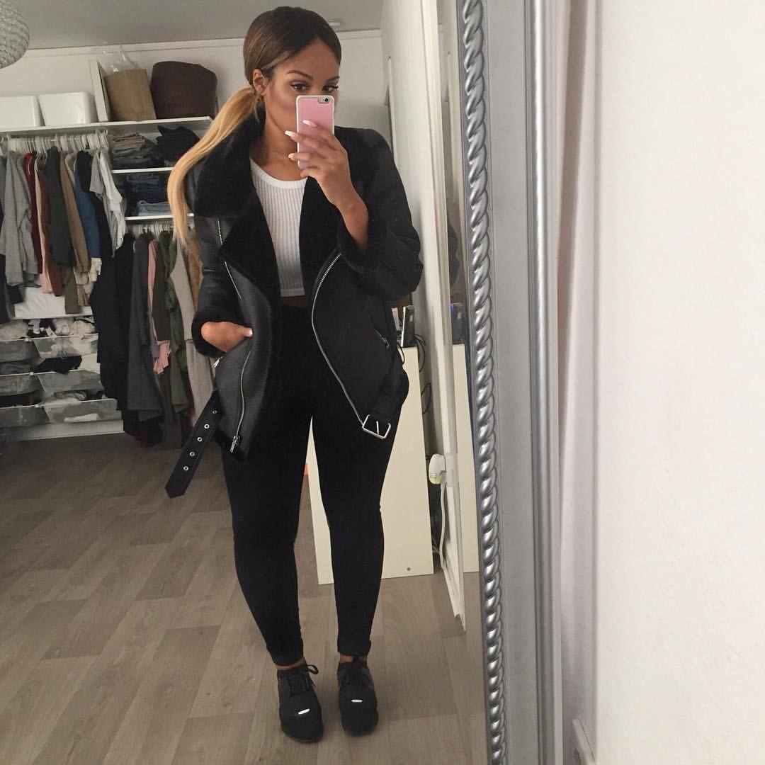 wholesale dealer 7fbf4 ae38c Regardez cette photo Instagram de  sherlinanym • 34.3 k mentions J aime