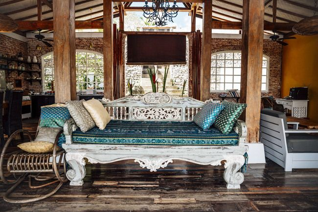 Outstanding Wooden Classic Indonesian Daybed In A Holiday Villa Bali Lamtechconsult Wood Chair Design Ideas Lamtechconsultcom