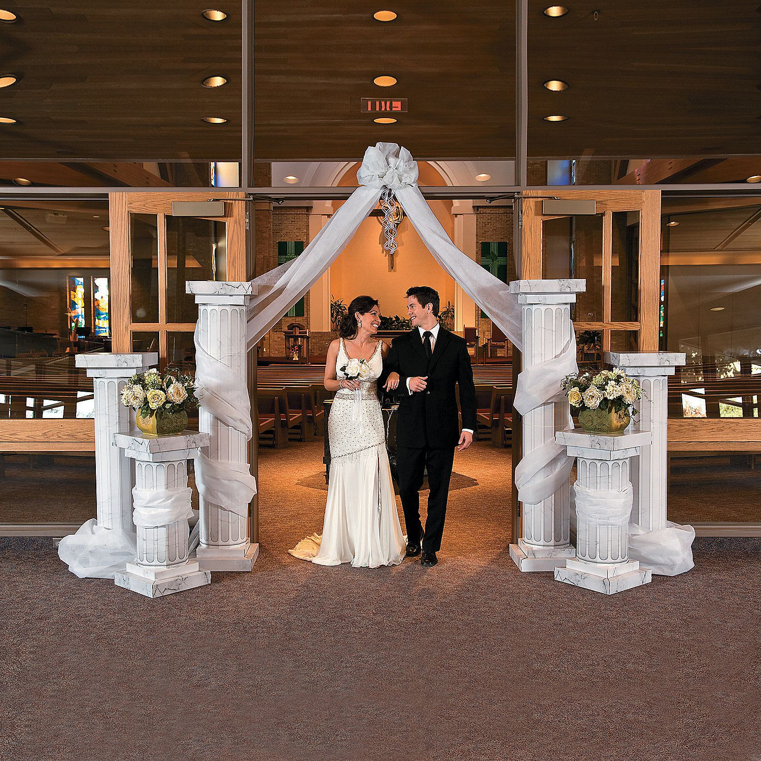 34 00 Two Tall Pillars Wedding Columns Orientaltrading