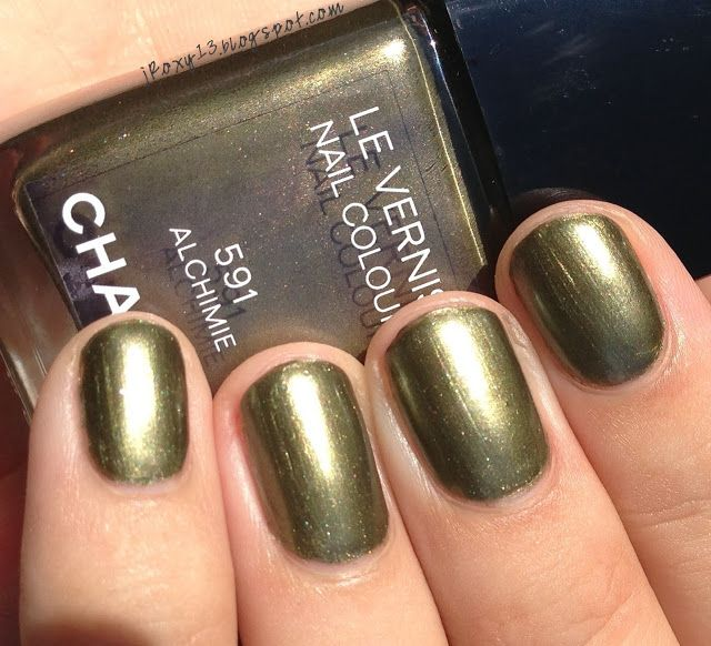 Chanel in #591 Alchimie