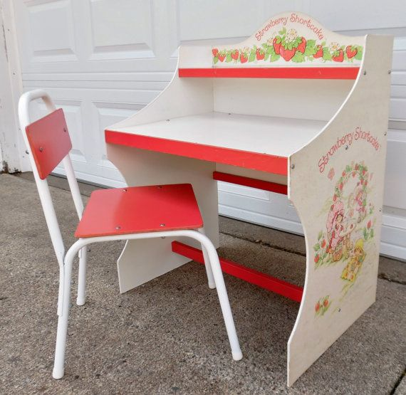 Vintage Strawberry Shortcake Childs Desk And Chair Set Made In