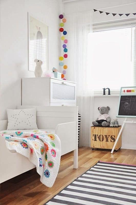 Roomor Kids Room White Scandi Deco Heico Rabbit Colorful - String lights for kids bedroom