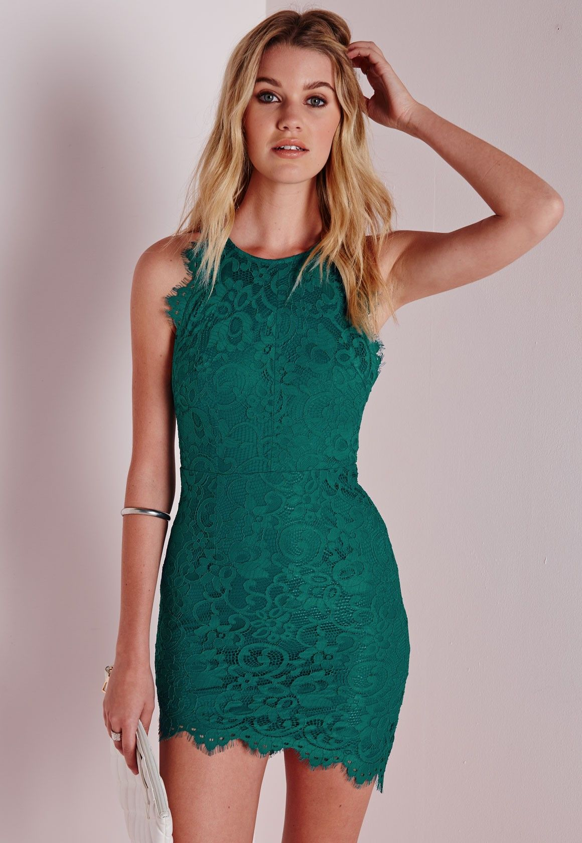 Lace Scalloped Hem Bodycon Dress Green | Scalloped hem, Missguided ...