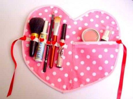 e26f15611 Corazon de tela para cosmeticos para el dia de la madre   Todito ...