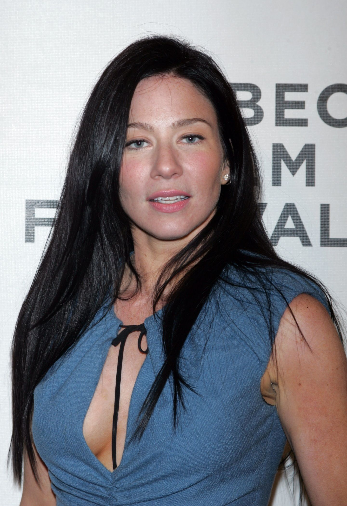Lynn collins arrives for tribeca film festival premiere of for Lynn collins hot pic