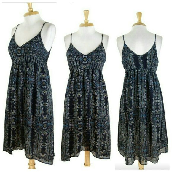 """Pins & Needle sz Small dress blue teal sun summer Pins & Needle dress Size small Great preowned condition  Navy blue, teal, tan paisley-inspired design  Adjustable straps Pleated, pin tucked design on bust Side zip up Slight high lo style  About 38"""" long in front, 40"""" long in back...give or take a few inches for the adjustable strap Polyester Smoke free home with pets Pins & Needles Dresses Midi"""