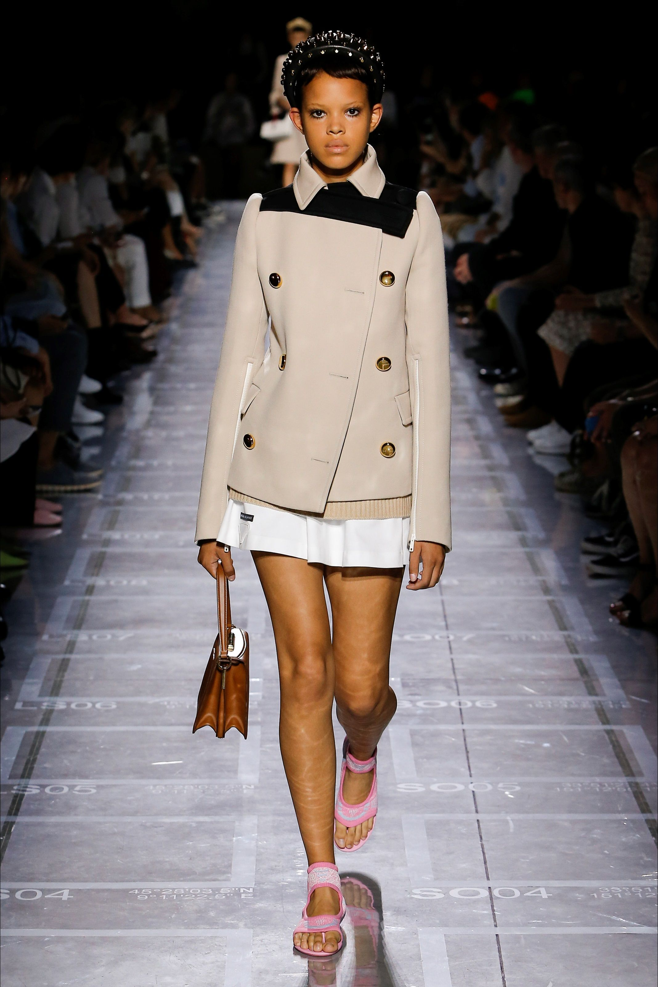 Pin af Eloise Bond på fashion society inspiration