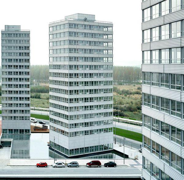 Torres bioclimaticas vitoria balos herreros architects pinterest architecture tower y - Arquitectos en vitoria ...