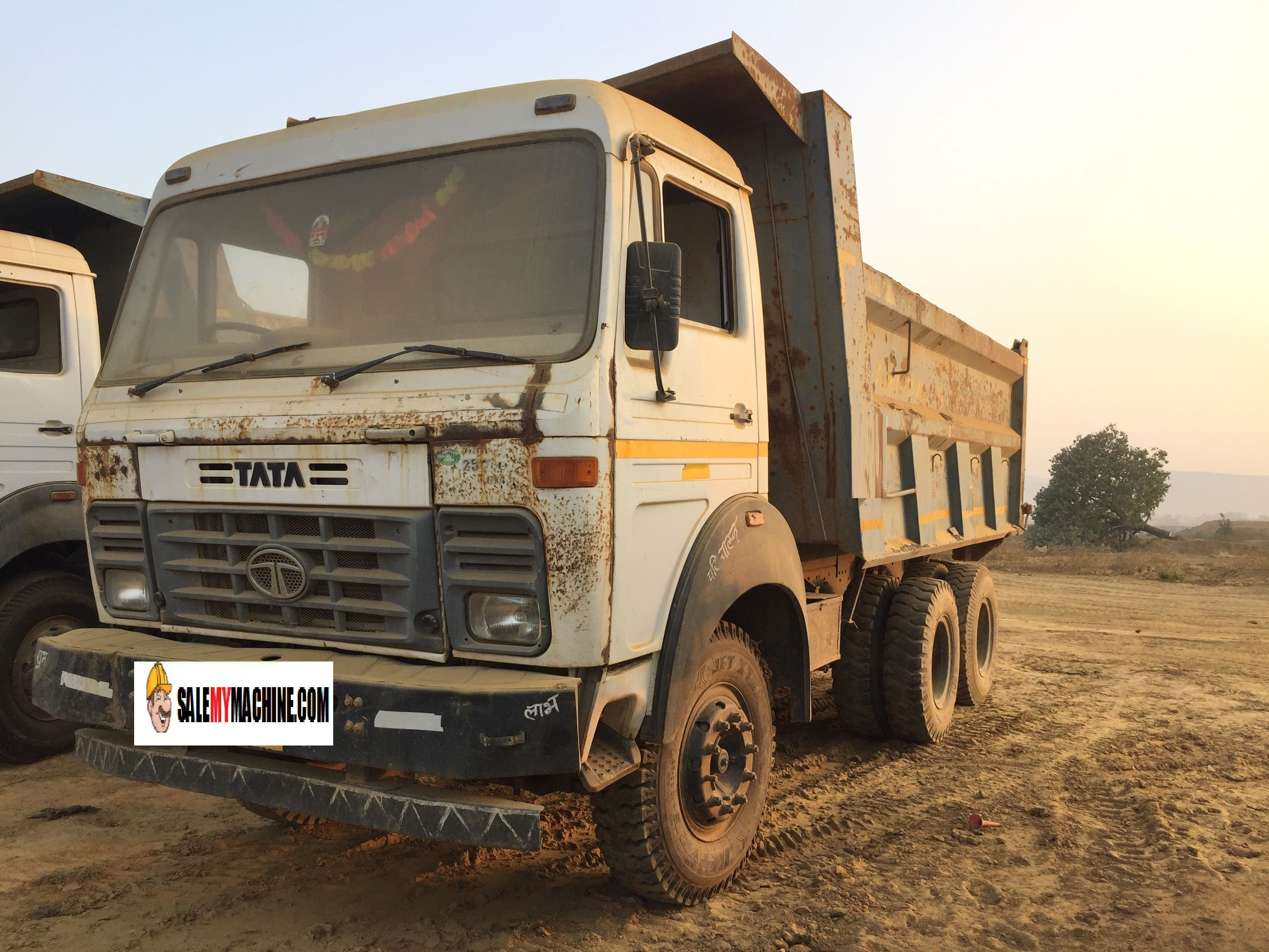 USED SECOND HAND TATA HYVA FOR SALE IN ODSISHA,INDIA .TO