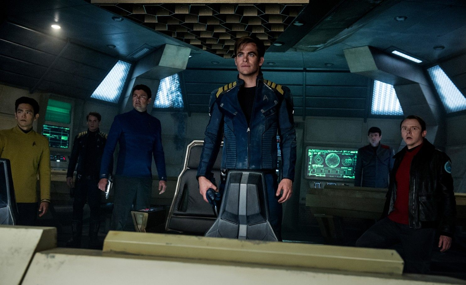 Star Trek Beyond\' brings a fast and furious aesthetic to a familiar ...