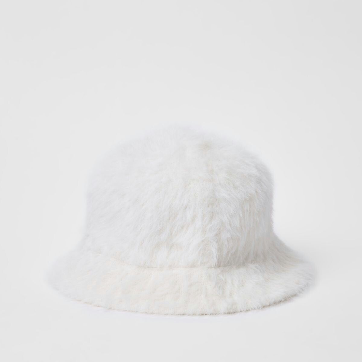 daa58d17c06fb9 White fluffy bucket hat | Hats | Hats, Womens scarves, Bucket hat