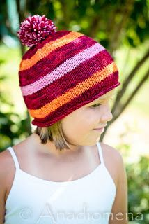 Colour Adventures and Knitting Adventures: Simple Beanie aka Lollipop Hat