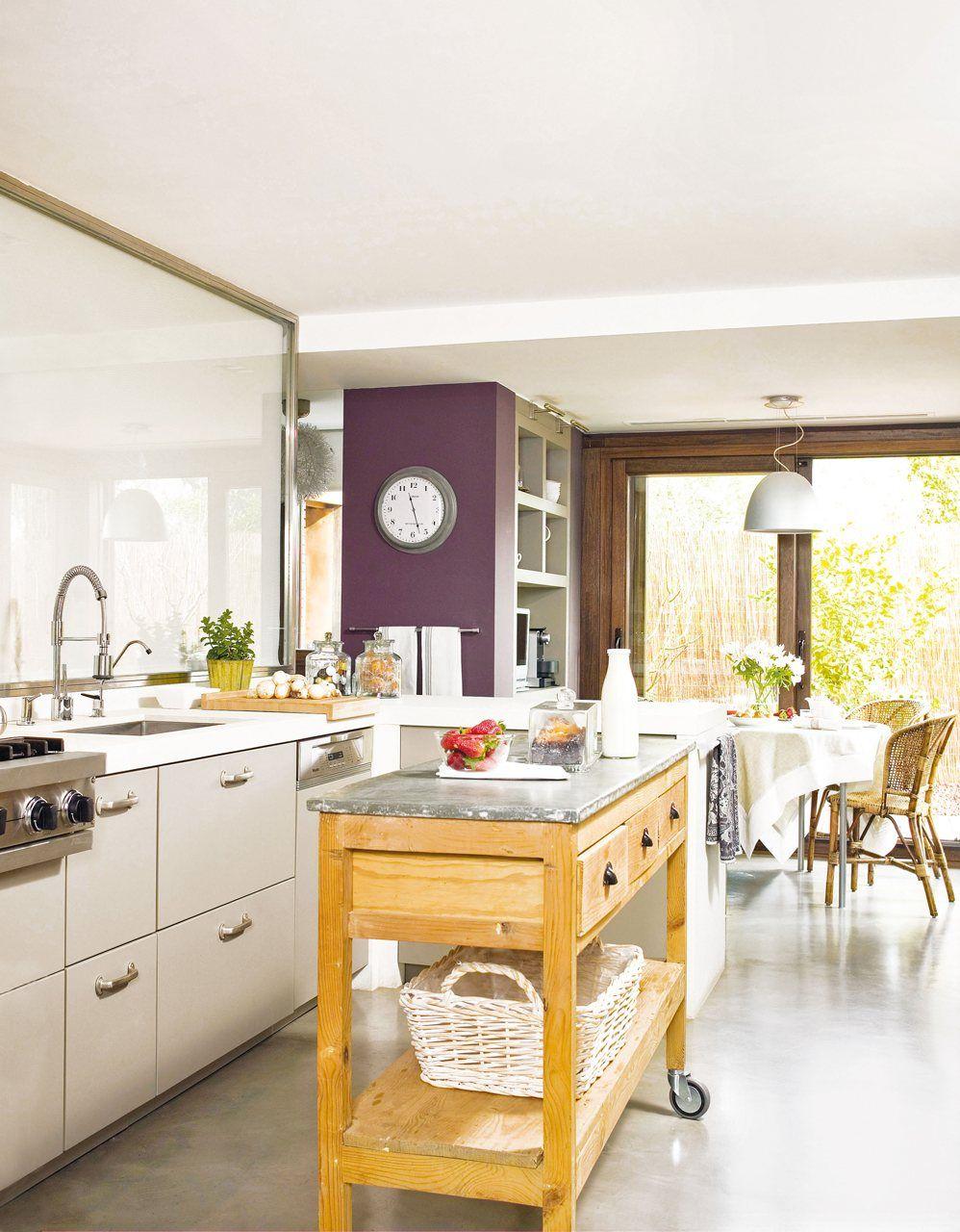 Duplica el espacio con muebles de doble uso | Pequeña isla, Servir y ...