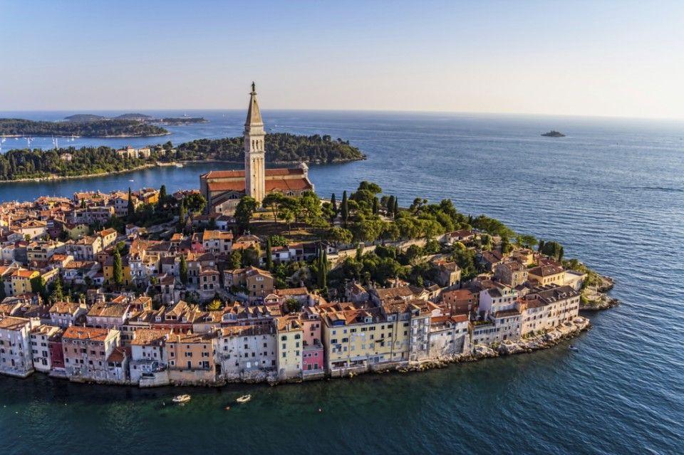 Rovinj 42 Photos That Will Make You Pack Your Bags For Croatia Rovinj Beautiful Places To Visit Rovinj Croatia