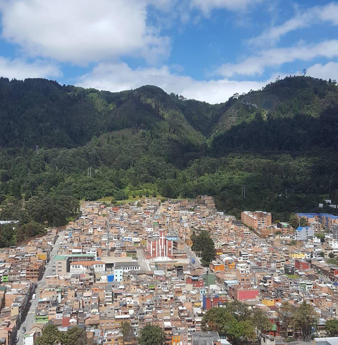 Una parte de Bogotá.. vista desde la oficina de la  agencia de renovación territorial.