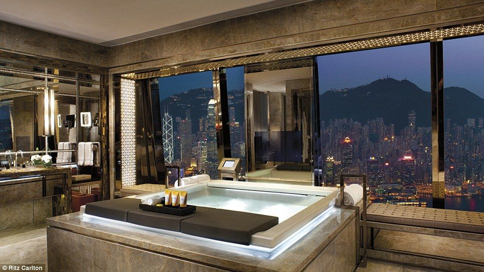 The World S Most Luxurious Hotel Bathrooms Revealed With Images