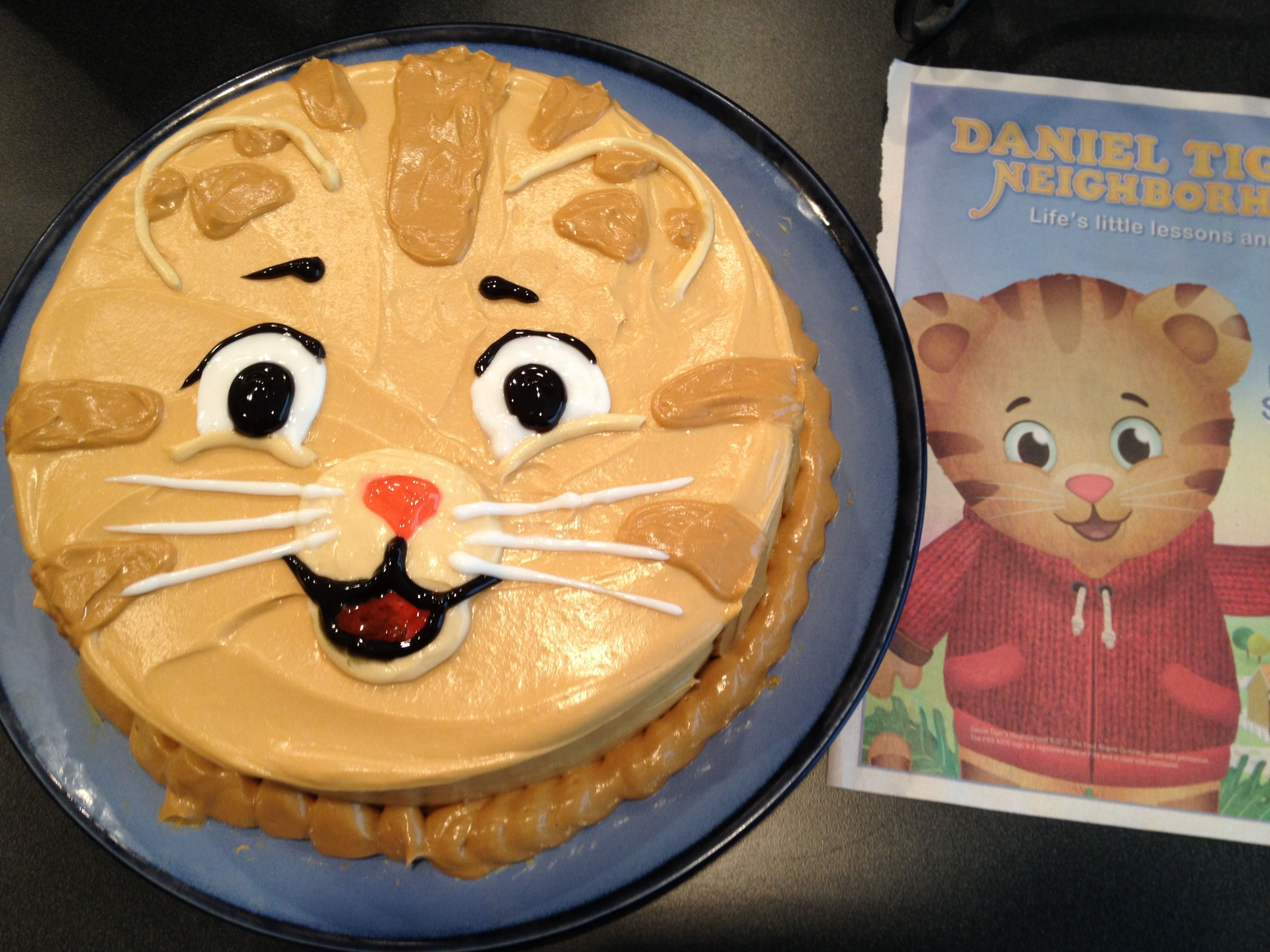 Homemade Daniel Tiger Birthday Cake Cute But Would Use