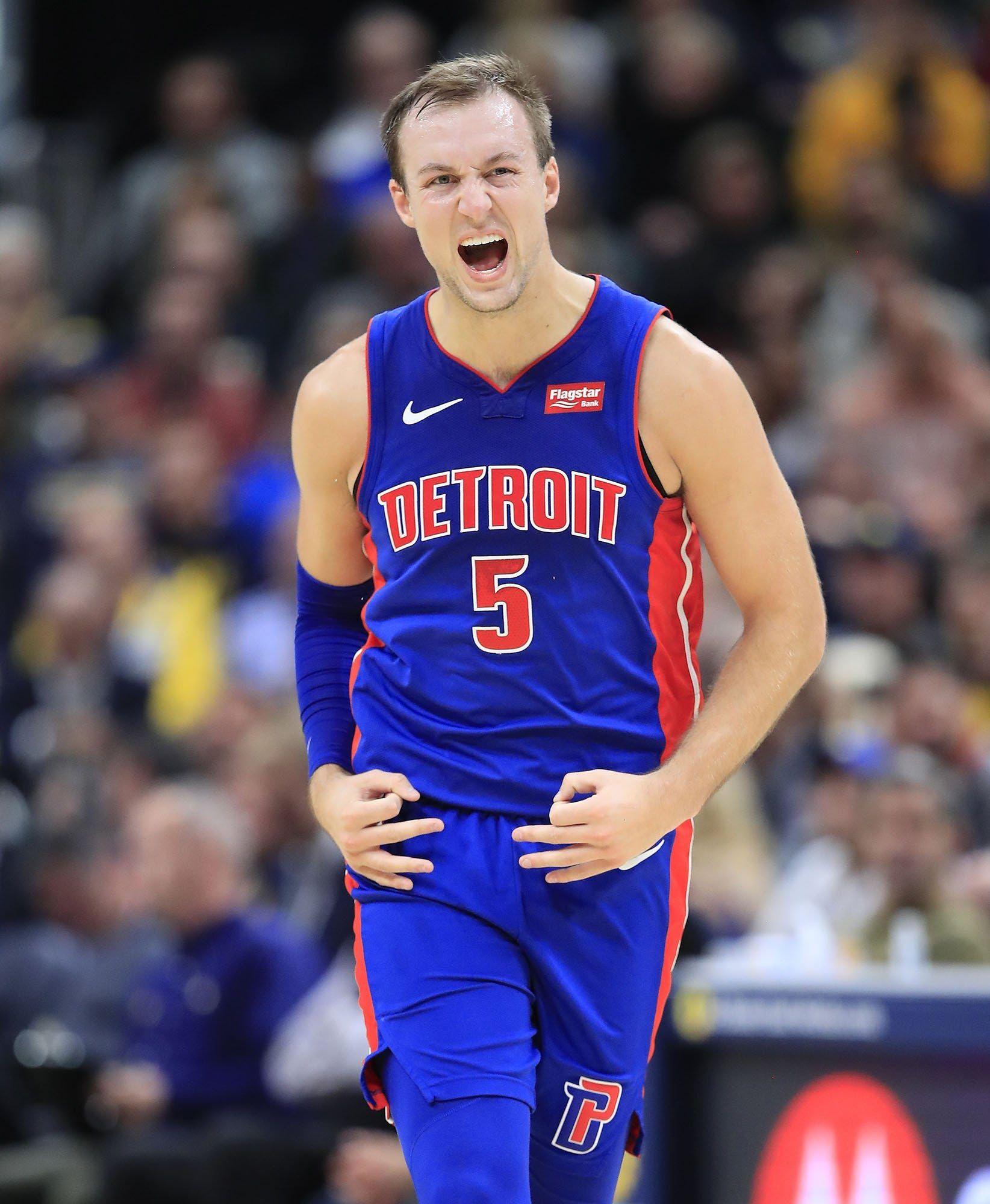 Detroit Pistons And Phoenix Suns Discussing Luke Kennard Trade Report Says In 2020 Detroit Pistons Phoenix Suns Michigan Sports