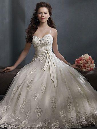 Alfred Angelo Wedding Dresses - Style 2300 | My Wedding! | Pinterest ...