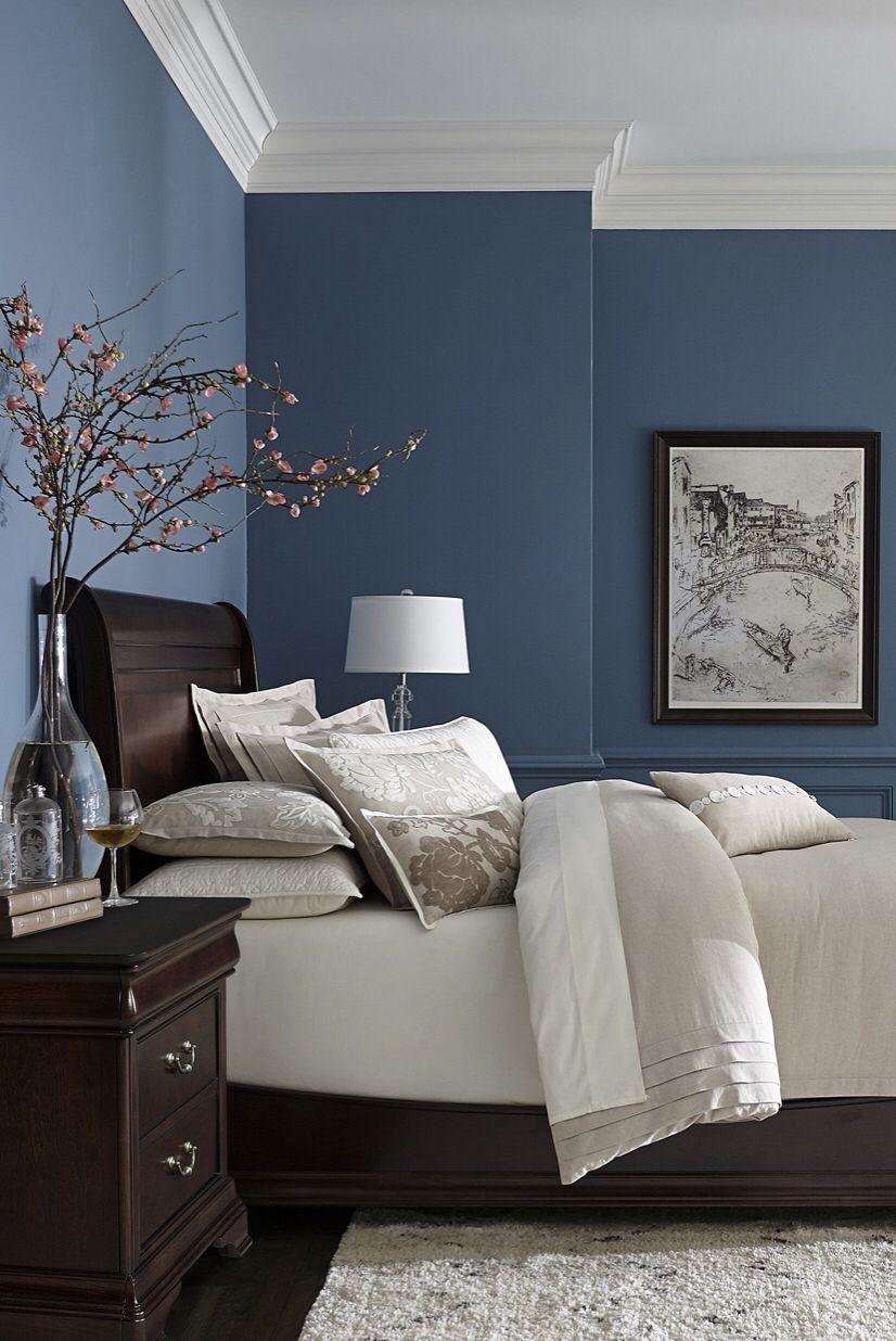 Deep blues and mahogany Best bedroom paint colors, Blue