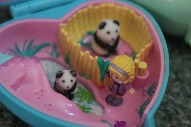 Polly Pocket ik had deze panda versie maar het meisje was kwijt haha