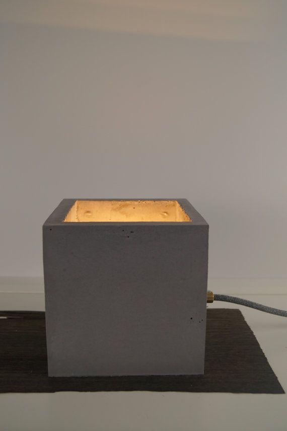beton tischlampe betonlampe design von betonliebehamburg auf etsy lampen pinterest. Black Bedroom Furniture Sets. Home Design Ideas
