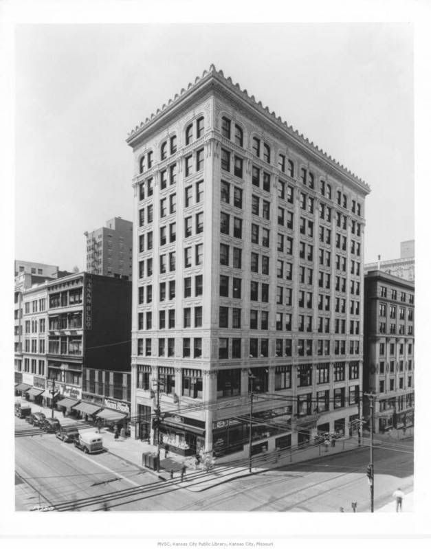 The 10 Story National Fidelity Life Insurance Building On The Sw Corner Of 10th And Walnut All Th Kansas City