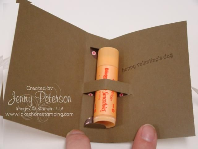 Cute packaging for lip gloss. Inexpensive gift idea!  7a2335fe29a6a
