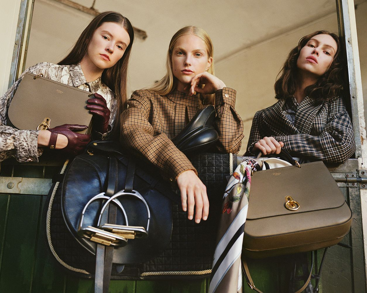 15fb419a77 ... italy mulberry the new autumn 17 campaign featuring the new amberley bag.  inspired by british ...