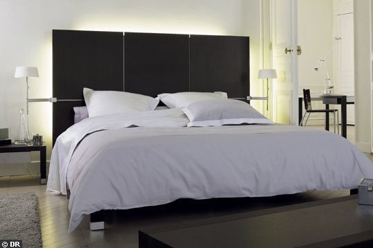 t te de lit 20 mod les d co ligne roset. Black Bedroom Furniture Sets. Home Design Ideas