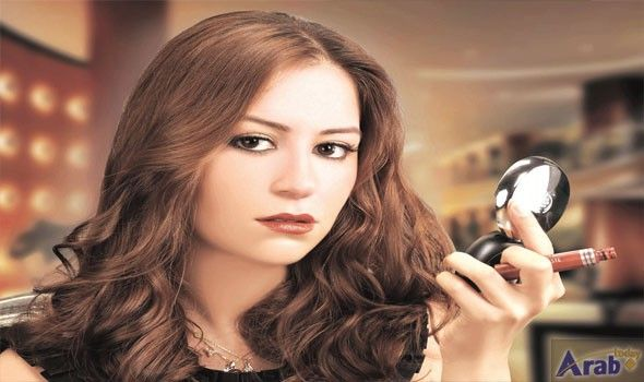 Actress Menna Shalaby Underlines Challenges During Filming Sunset Oasis Long Hair Styles Hair Styles Actresses