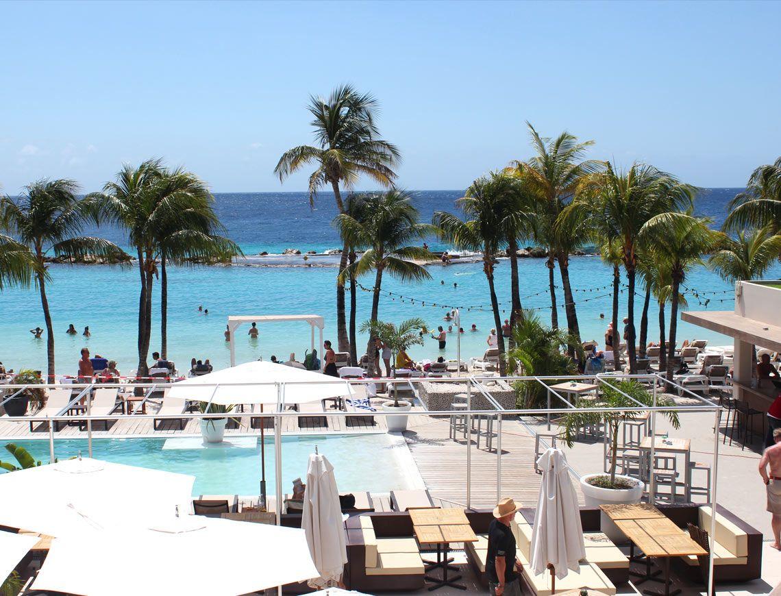 Restaurants Mambo Beach Curacao
