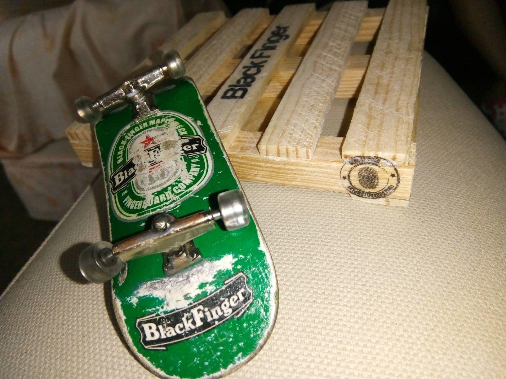 Black finger deck fingerboard 33x101mm una más de las