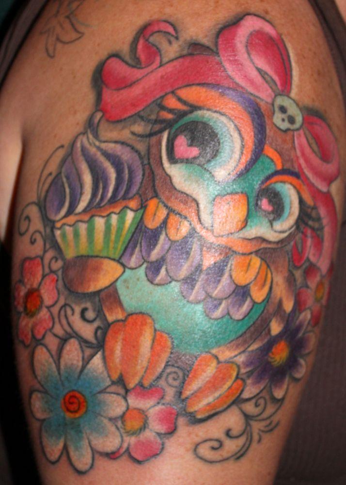 Pretty Owl Cartoon Animal Bow Girlie Cupcake Kristel Oreto Tattoo Artist Philadelphia Pa Cupcake Tattoos Owl Tattoo Tattoos