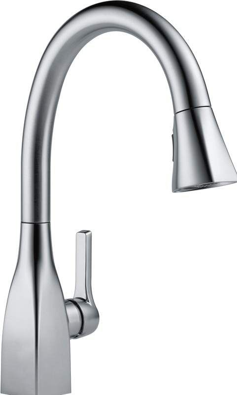 Mateo Pull Down Single Handle Kitchen Faucet With Magnatite