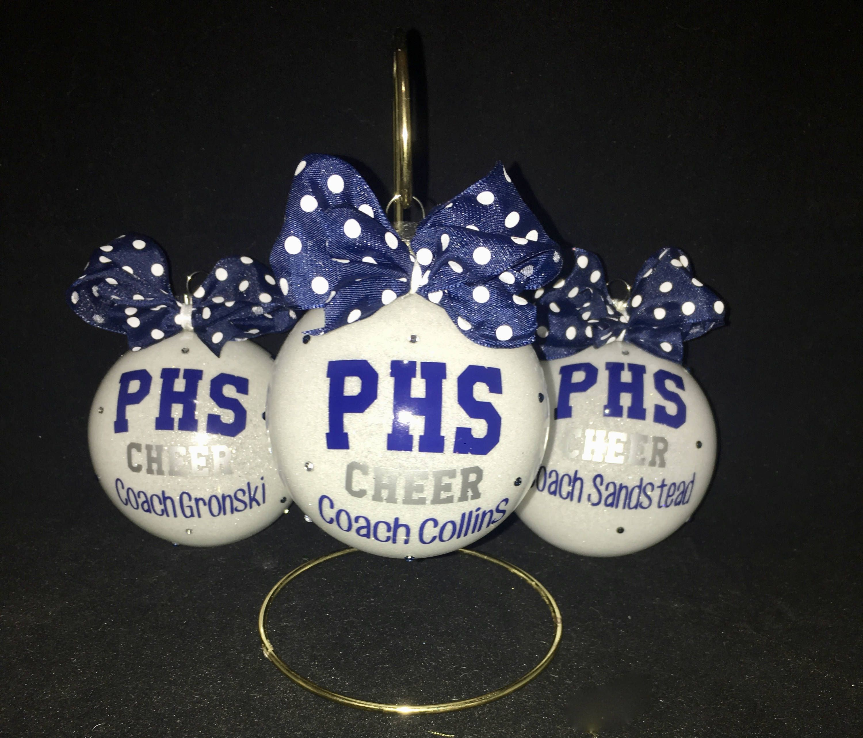 Personalized Christmas ornament for cheerleaders, cheer team, team ...