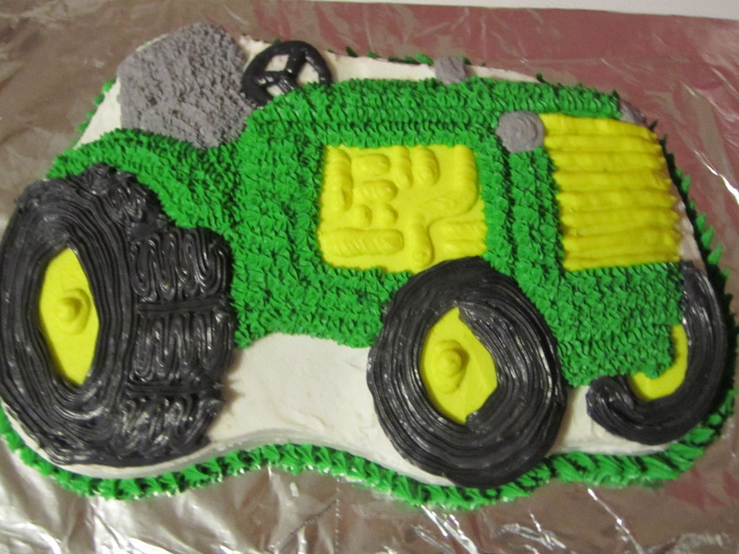 Tractor cake Cakes and things Pinterest Cake Birthday cake