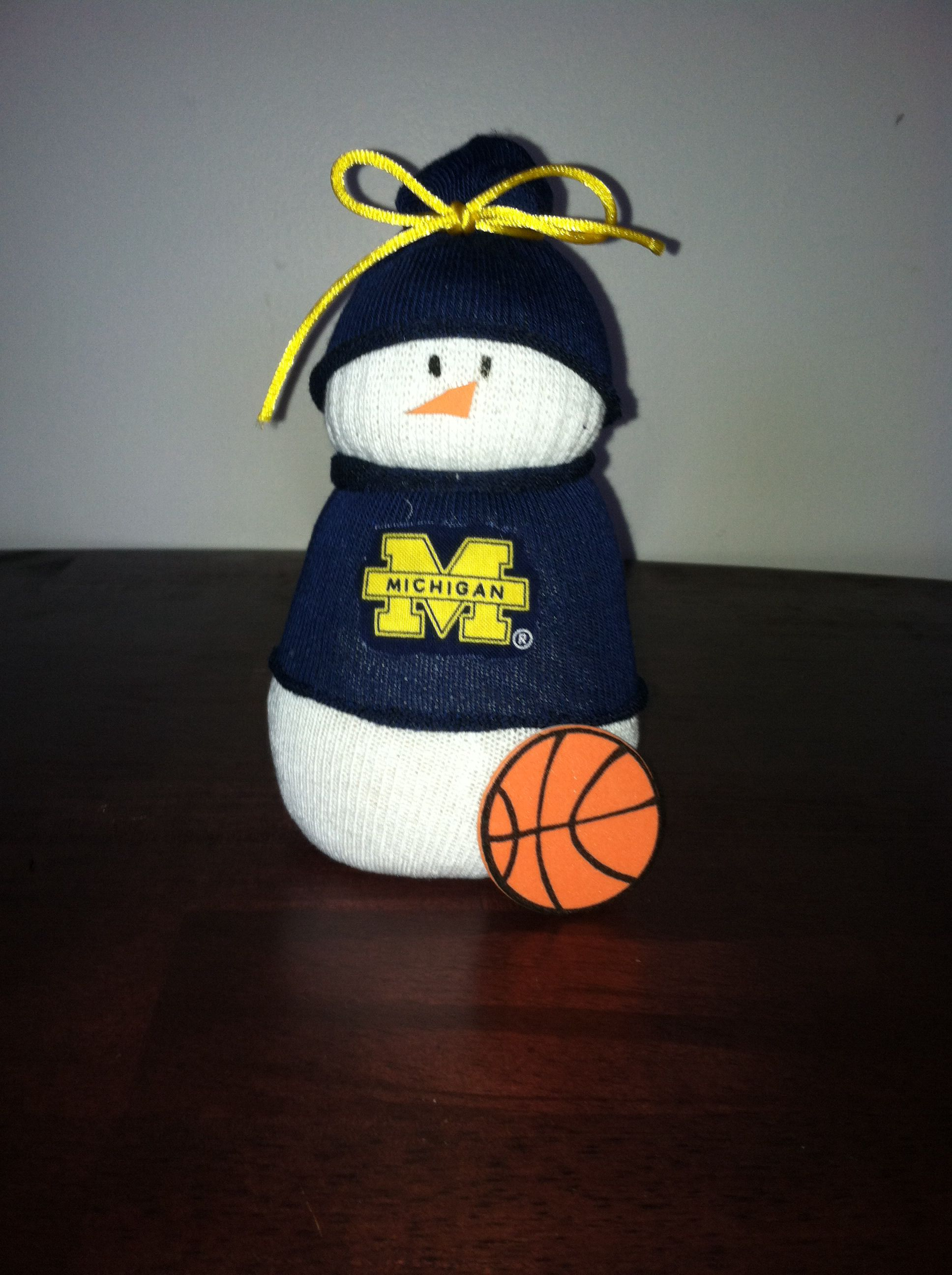 Michigan snowman Sock crafts, Christmas crafts to sell