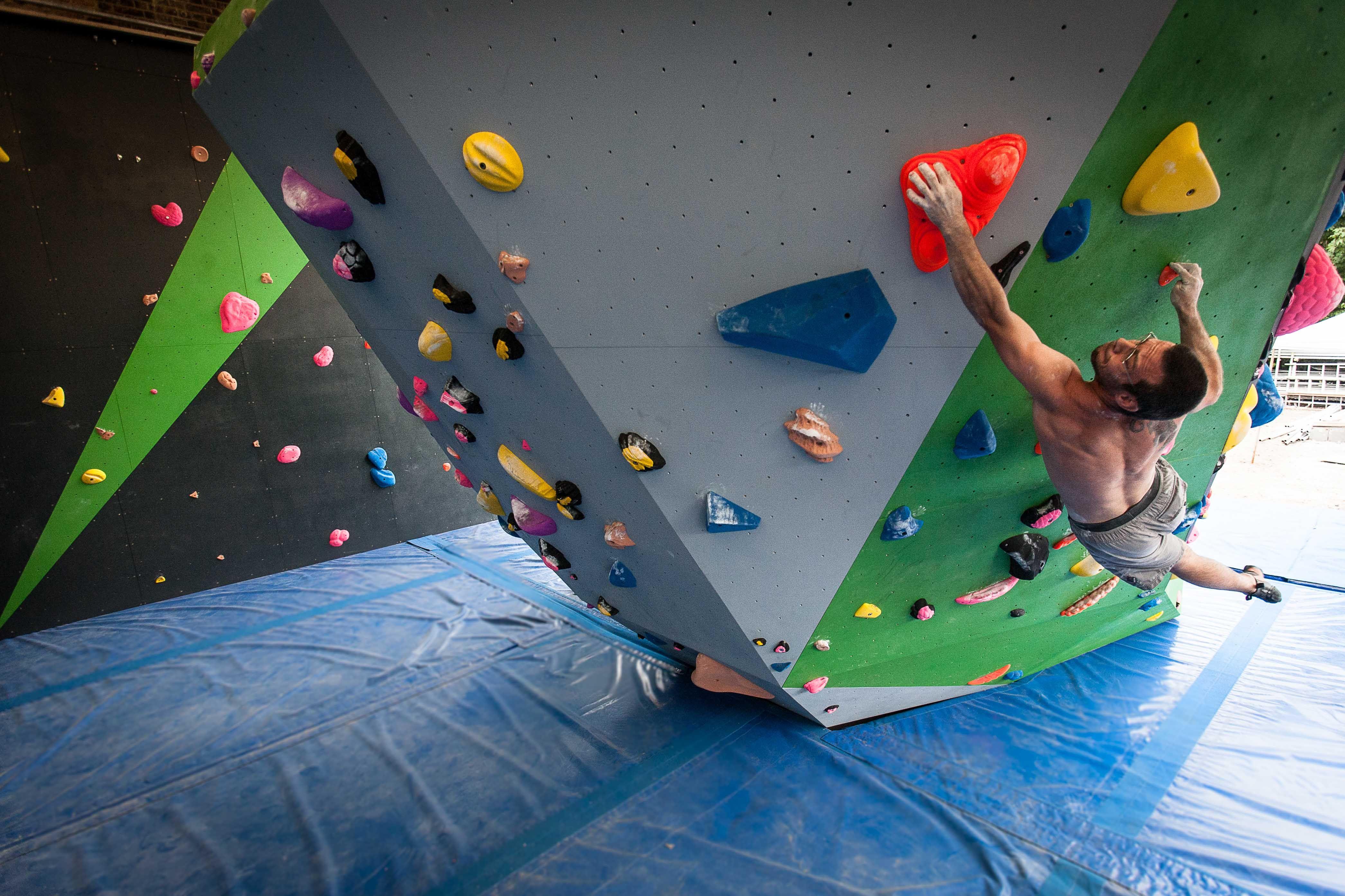 Pildiotsingu bouldering wall tulemus Pildiotsingu bouldering wall