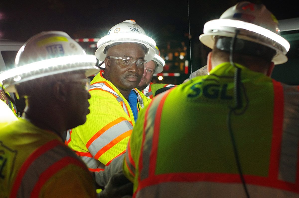 Keeping Everyone Safe At Work Hard Hats Halo Safety