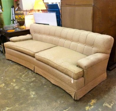 Long Vintage Couch 88 Quot Wide X 33 Quot Deep X 27 Quot High 295