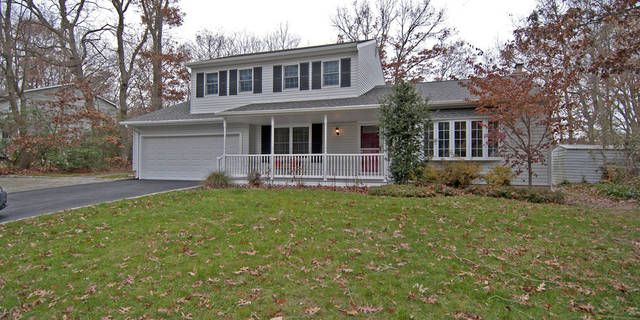 Awesome Port Jefferson Neighborhood Just A Stroll To The Elementary School Comple Architectural Shingles Roof Architectural Shingles Engineered Wood Decking