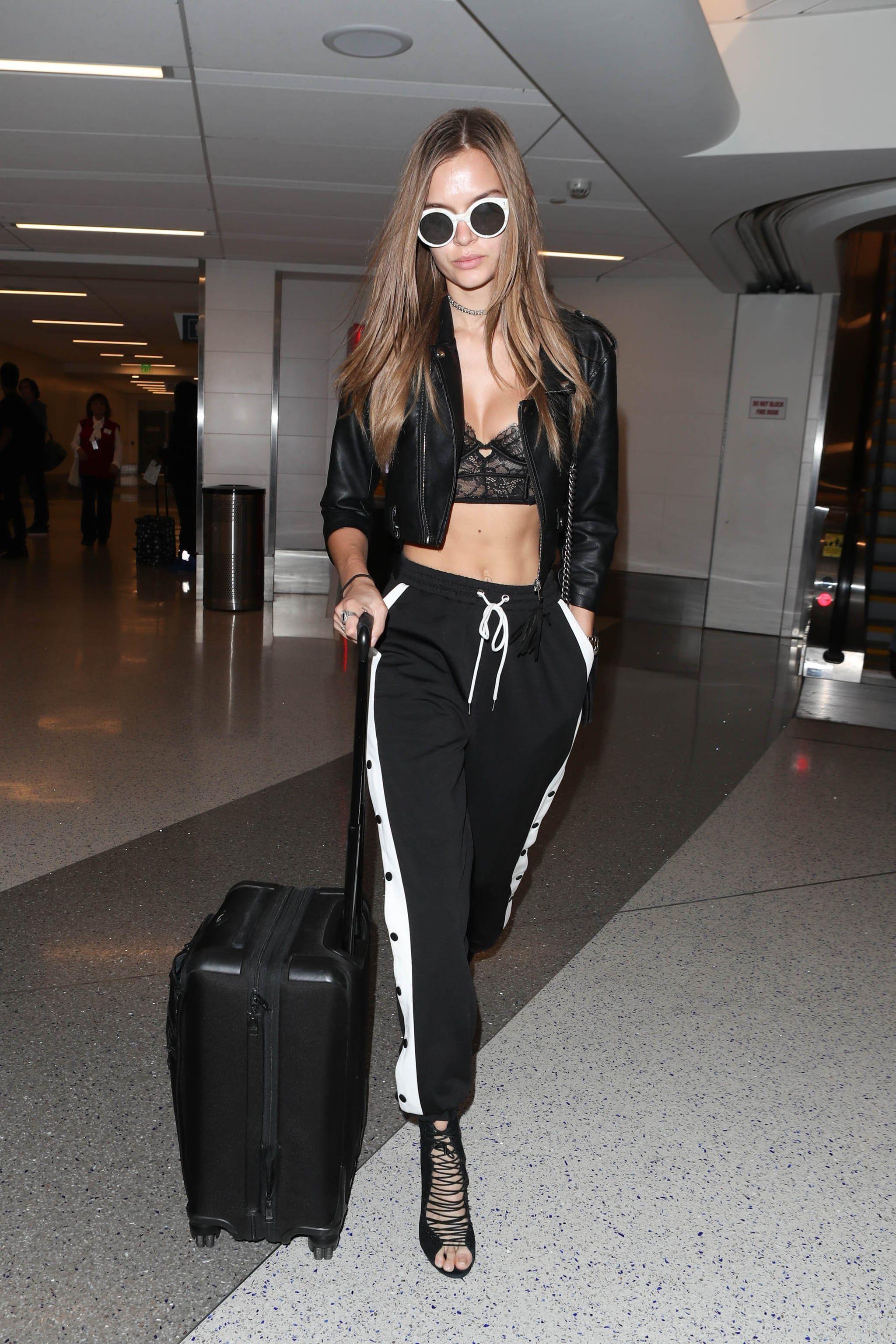 Victorias Secret Model Josephine Skriver Still Stripping