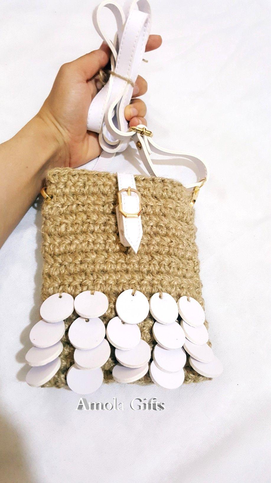 مينى باج خفيفه وسريعه Crochet Straw Bag Bags
