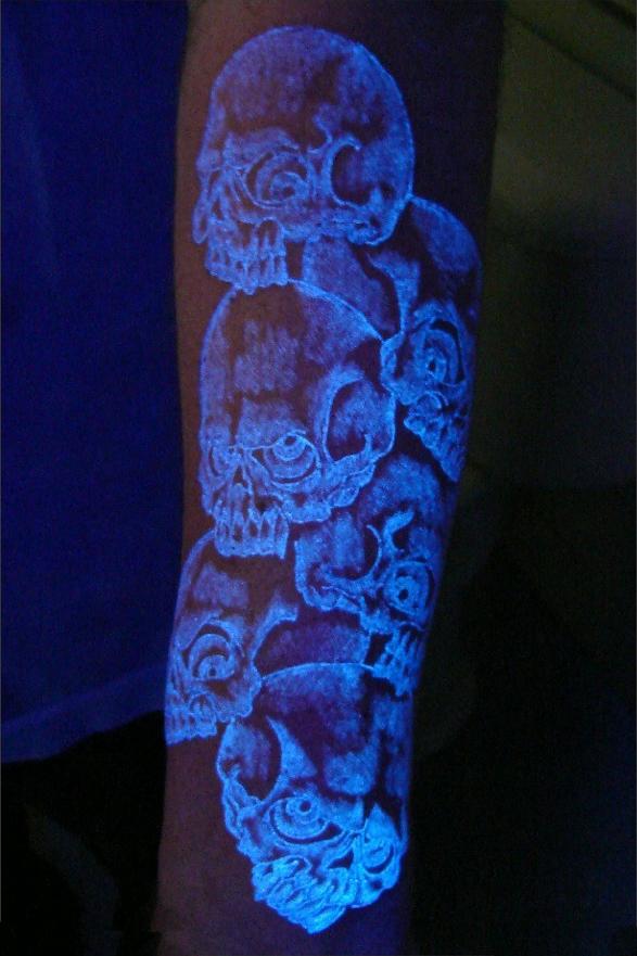 Glow In The Dark Tattoo Glow In The Dark Pinterest Tattoos